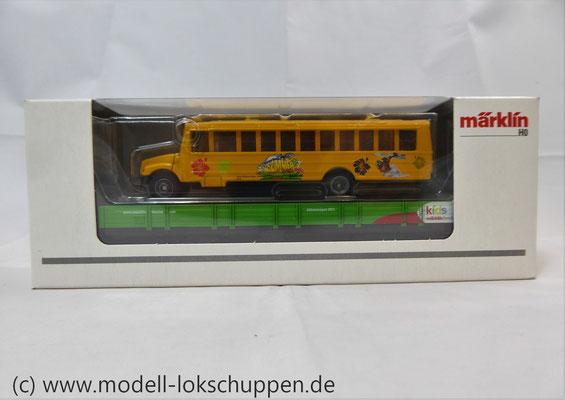Märklin 48613 / Märklin Kids Club Jahreswagen 2013  Niederbordwagen mit Schulbus     3