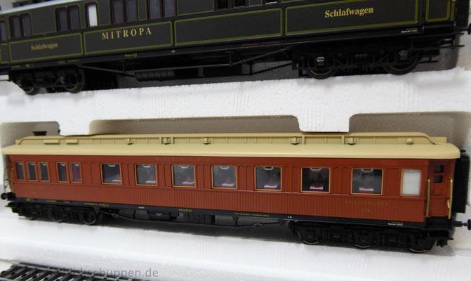 """Schnellzugwagen-Satz """"Die goldenen Zwanziger"""" / Märklin 42757"""