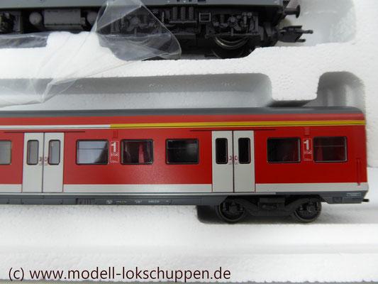 Wendezug im Nahverkehr/S-Bahn / Märklin 26507    8