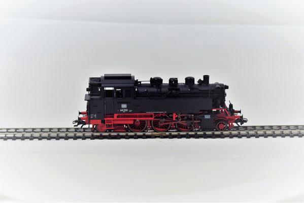 Tenderlokomotive BR 64 der DB / Märklin 39640  3