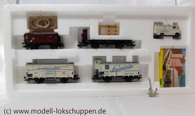 """Trix 24029 H0 Güterwagen-Set """"Schiffsausrüstung""""/ """"Tor zur Welt""""   4"""