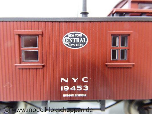 Märklin 45703 Güterzugbegleitwagen Caboose Serie 19000 der New York Central System    8