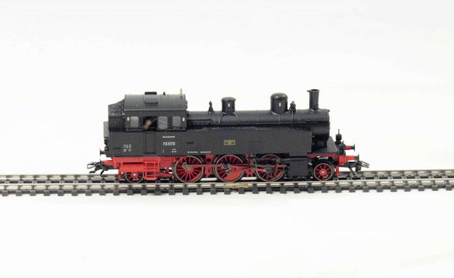 Personenzuglokomotive BR 75 der DB / Märklin 37132 / Limitierte Serie  4
