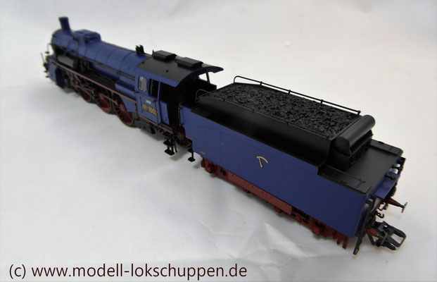 Schnellzuglokomotive Serie IVh der Gr.Bad.Sts.E. / Märklin 39021 MHI 2008    10