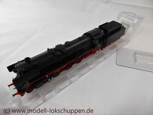 Märklin 39010 Schnellzuglok BR 01 DB Spur H0   7