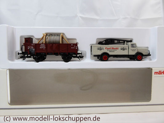 Märklin H0 Museumswagen 2003- Güterwagen mit BÜSSING-Lkw