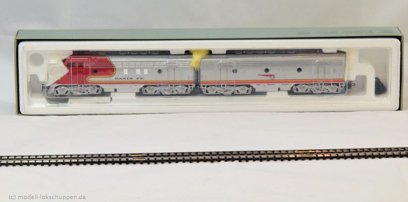 Märklin 37622 Santa Fe A+ B Unit der AT & SF