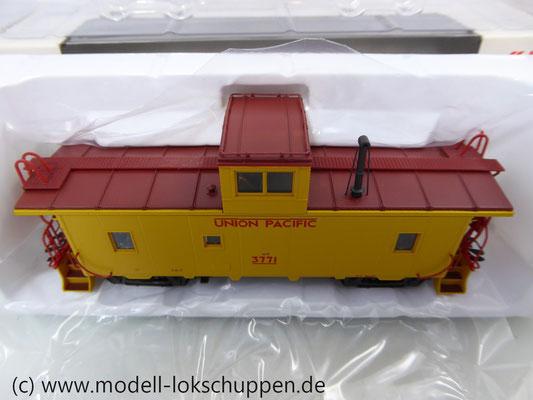 Märklin 45702 Güterzugbegleitwagen Caboose CA 3/CA-4 der Union Pacific Railroad    5