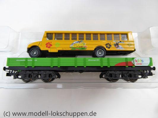 Märklin 48613 / Märklin Kids Club Jahreswagen 2013  Niederbordwagen mit Schulbus     5