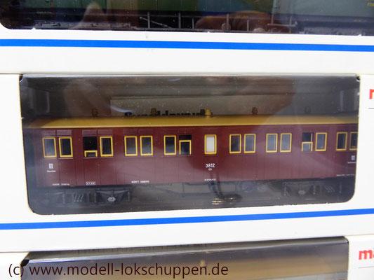 Schnellzug-Plattformwagen, Sitzwagen CCi der Königlich Württembergischen Staatseisenbahn (K.W.St.E.). 3. Klasse / Märklin 4213