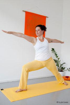 immer nach vorne schauen, wo`s hin geht - Yoga im Job