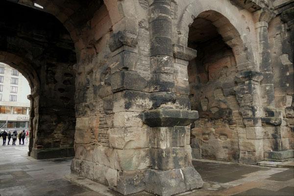 22.02...Trier-Porta Nigra