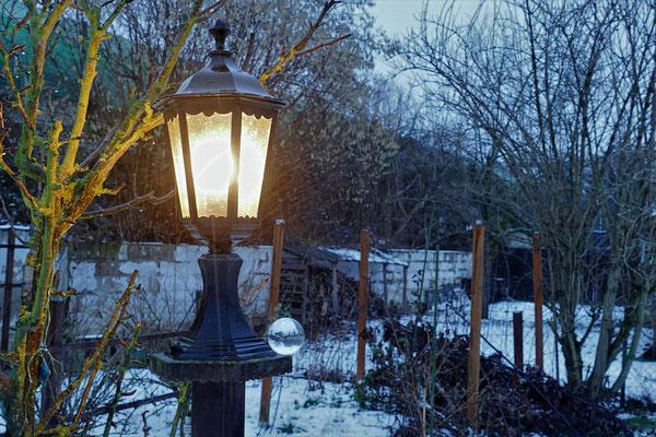 05.02...NR..Abend im Garten