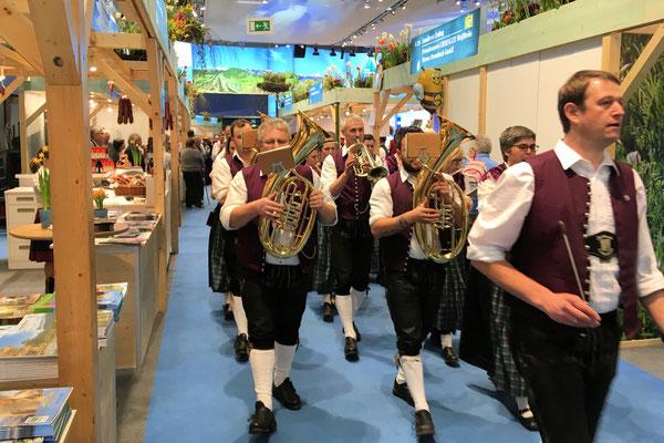 Die Bayerische Kultur wird in der Bayernhalle gelebt