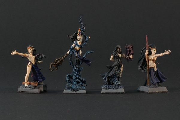 4 Zauberinnen