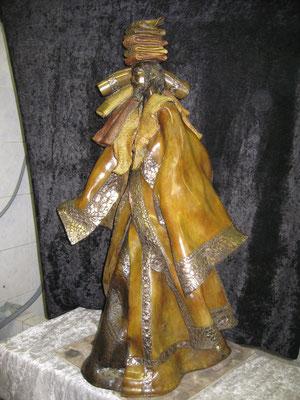 LE PORTEUR DE TISSUS  Bronze et Patine Fonderie Delval     reste 1 tirage   possibilité de commande