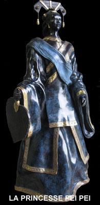 La princesse Pei Pei - Bronze et patine Fonderie Delval   tirages à commander
