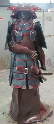 O'YOROI    Bronze et patine Fonderie DELVAL                N° 1/8   reste 10 tirages