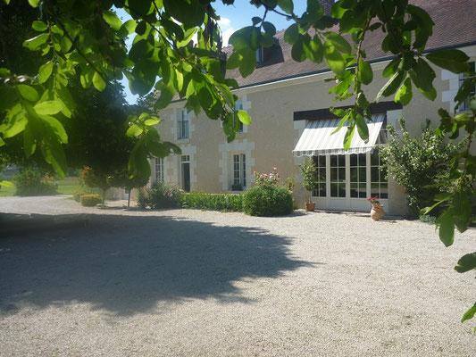 Cheverny chambres d'hôte, parking, La Levraudière