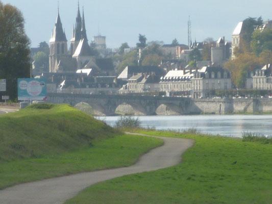 Loire à vélo_Blois