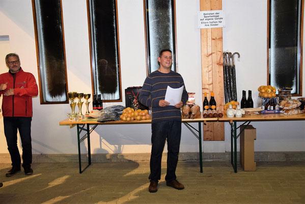 Sektionsleiter Alexander Dorn bei der Siegerehrung