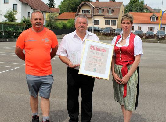 Zum Ehrenobmann des GLV Waldviertel ernannt: Erich Göschl