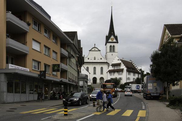 Hauptstrasse Hochdorf mit Kirche St. Martin