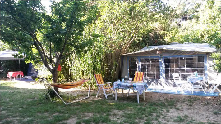 Camping à Six Fours : Emplacement Cerisier
