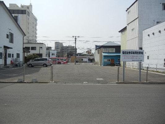 庫裡脇駐車場 出入口側から撮影