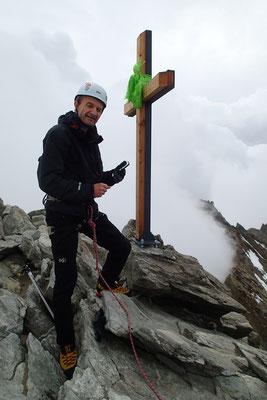 Gérard au sommet du Lagginhorn. Bravo!