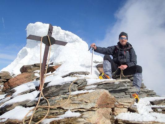 Gérard et la Croix du sommet, à 4527 m