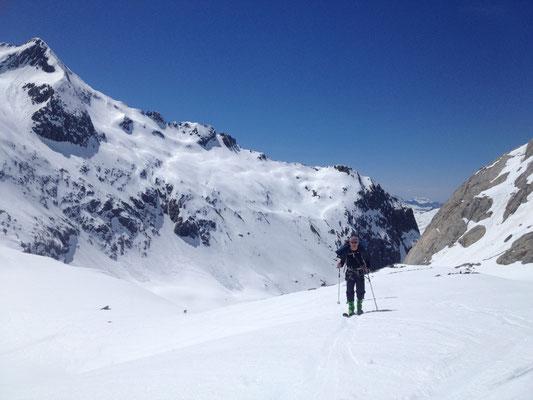 Sur le Glacier, sous le Refuge des Conscrits