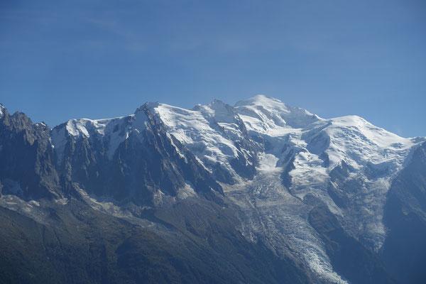 Le Roi Mont-Blanc et son massif. Classique, et toujours beau !