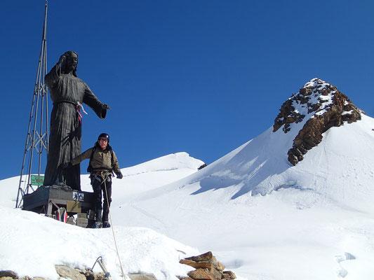 Plus près des dieux... Il Cristo delle Vette, sur le Balmenhorn