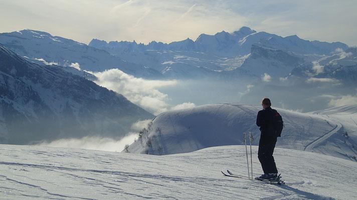 De l'espace, face au Mont-Blanc