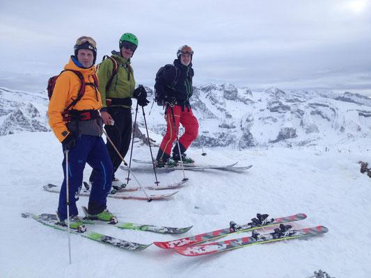 La belle équipe au sommet, avant le ski en face N
