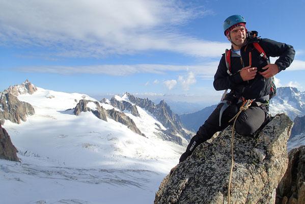 Yann au sommet de l'Aiguille d'Entrèves