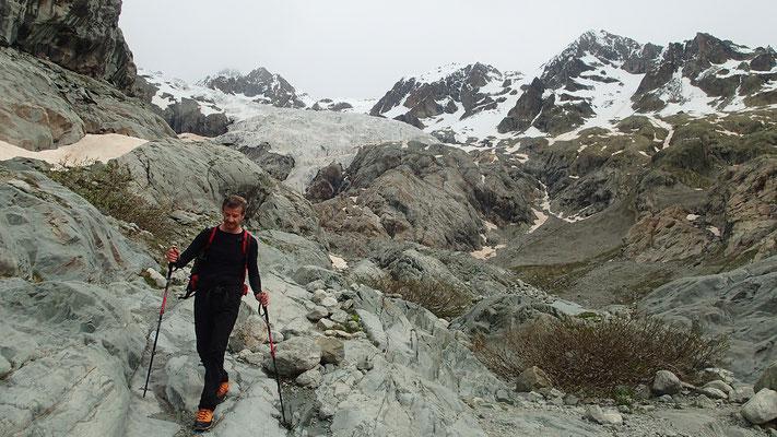 Descente sous le Glacier Blanc