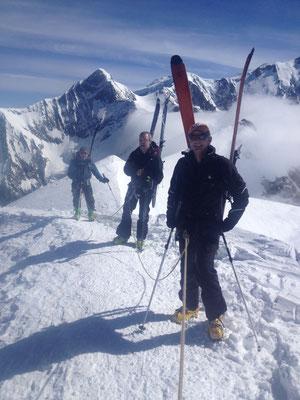 Point culminant ! En arrière-plan le Mt-Blanc