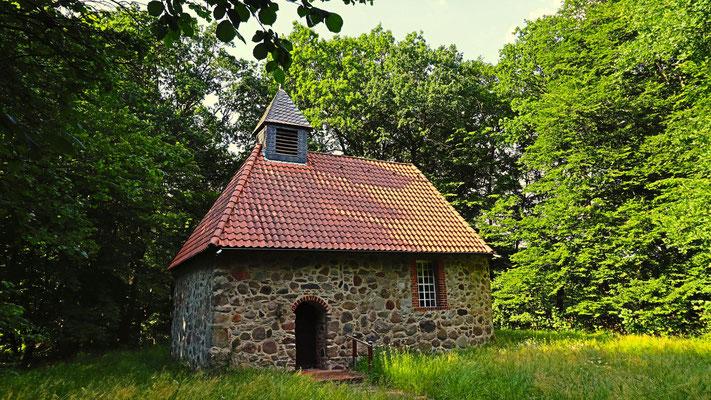 St. Michaelis-Kirche Müssingen (14. jh.). Foto: Torsten Nowotny
