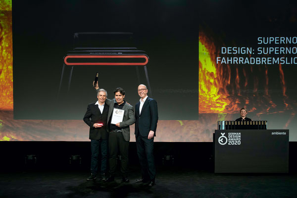 Supernovas Rücklicht M99 TL2 gewinnt Gold beim German Design Award 2020