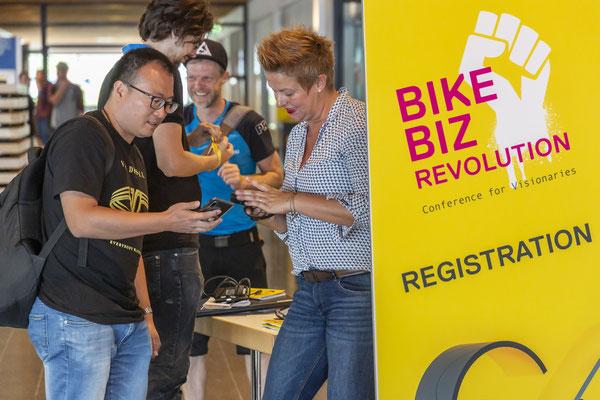Fahrradmarkt auf der Sonnenseite der Konjunktur – Eurobike baut modulare Angebote aus – Polit-Prominenz und neue Communities auf der Messe