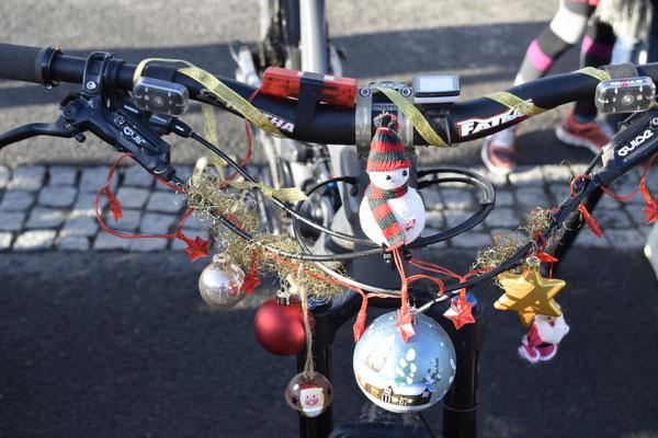 Tradition ist auch das festliche Schmücken der Fahrräder. Quelle: Leon Wienrich / Winora-Staiger GmbH