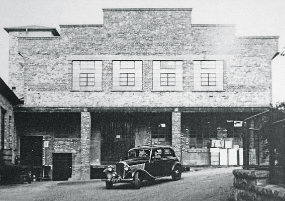 Firmengebäude 50er Jahre