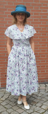Laura Ashley Kleid