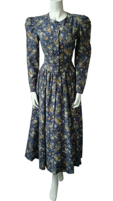 Laura Ashley Winterkleid