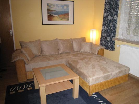 dans le salon, couch de l´appartement Ferienwohnung Bad Krozingen