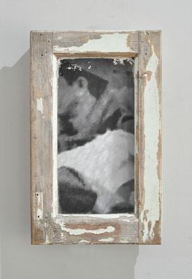 Nous autres 2.3,  2019, fenêtre et châssis bois, images photographiques marouflées sur bois, 40x30x10cm