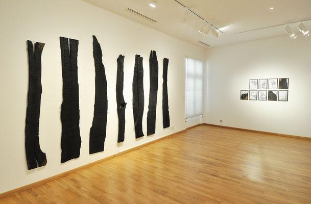"""Vue de la série """"Pyroscène"""". Musée d'art Hyacinthe Rigaud, Perpignan, 2020."""