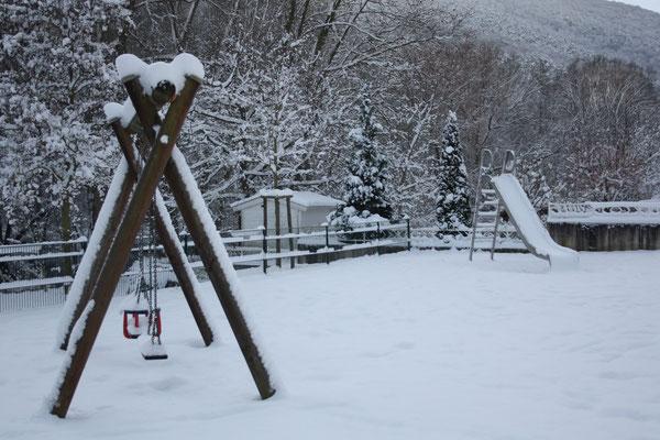 76 Spielplatz/Playground